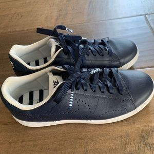 Nike sneakers blue leather